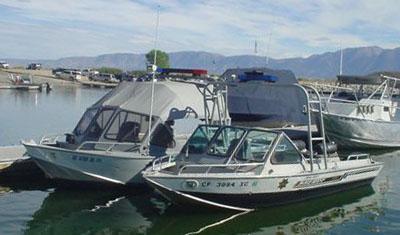 Mono County Sheriff boats in lake